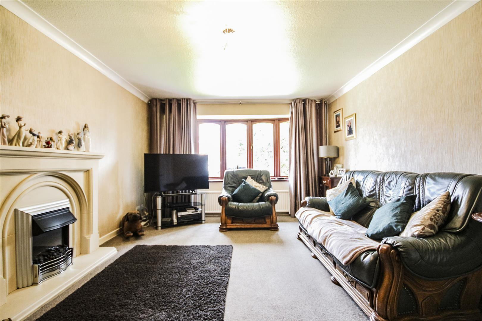 4 Bedroom Detached House For Sale - _..jpg